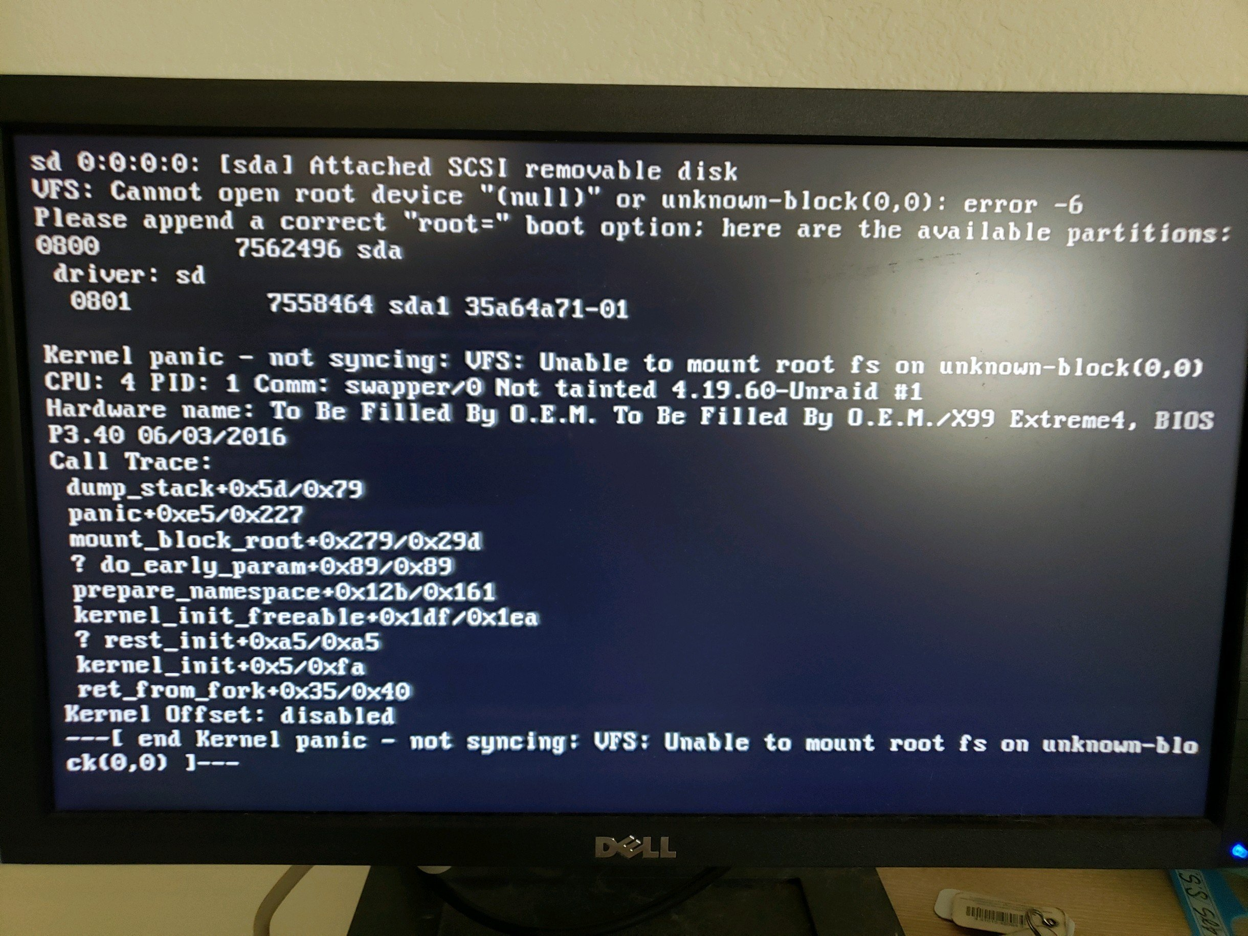 Unraid only boots to gui mode - General Support - Unraid